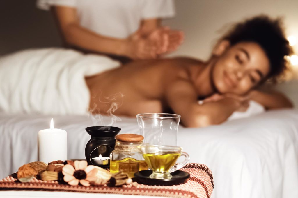 Thai Aromaöl-Massage